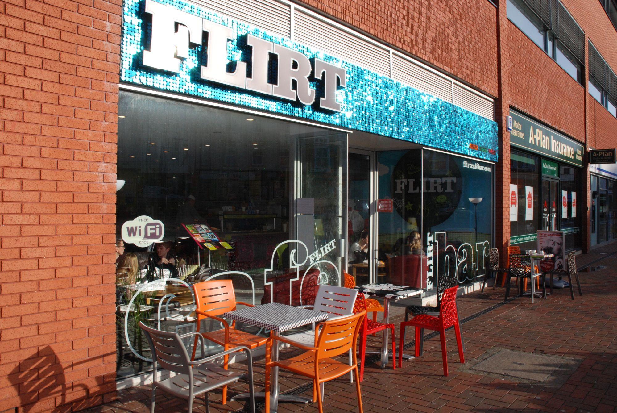 Flirt Café Bar