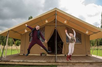 New safari tent glamping on an established camping and caravanning site edging Dartmoor National Park.