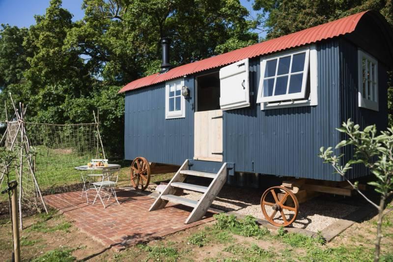 Cider Huts Grange Farm, Main Street, Southorpe, Lincolnshire PE9 3BX