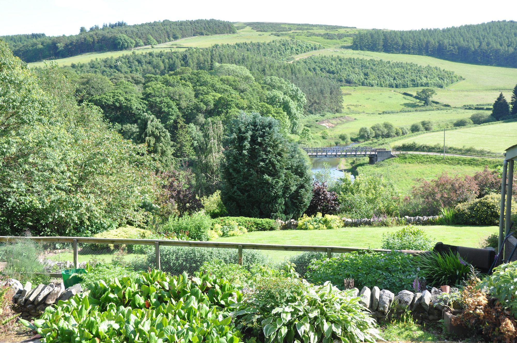 Hotels, Cottages, B&Bs & Glamping in Southern Scotland - Cool Places to Stay in the UK