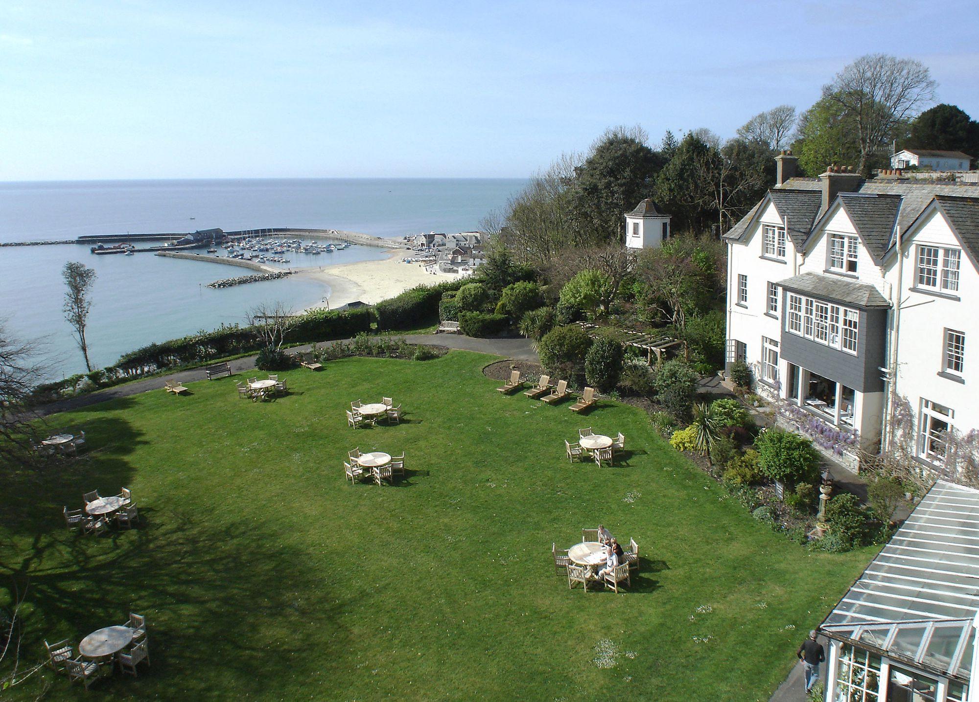 Alexandra Hotel Lyme Regis Parking