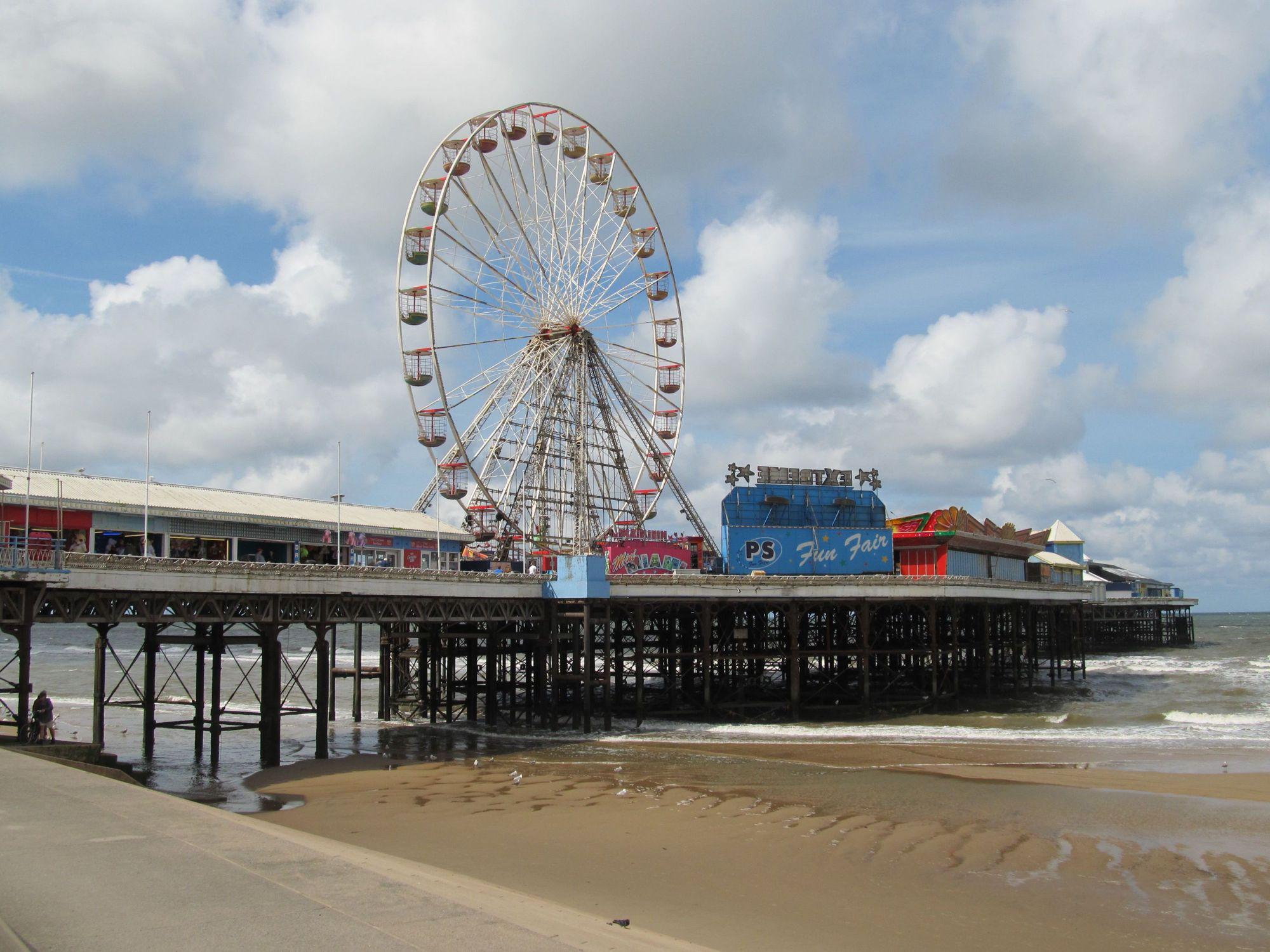 Hotels, B&Bs & Self-Catering in Blackpool - Cool Places to Stay in the UK