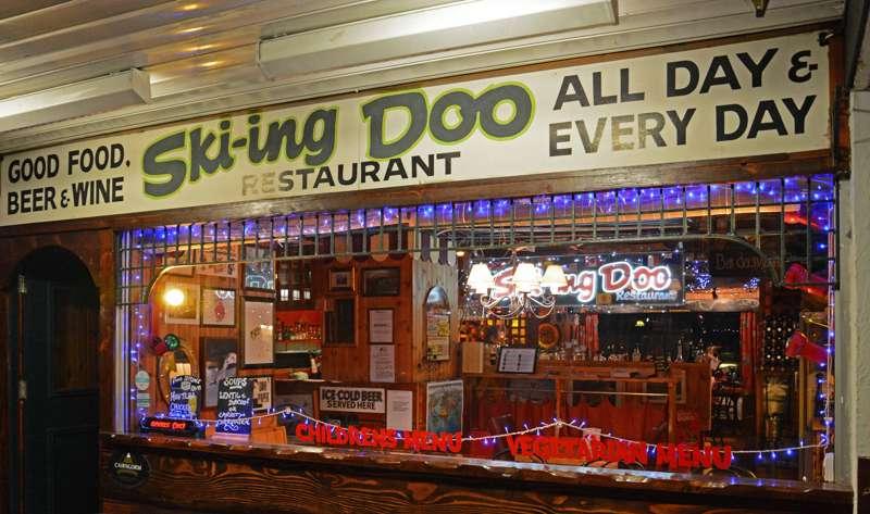 Ski-ing Doo Restaurant
