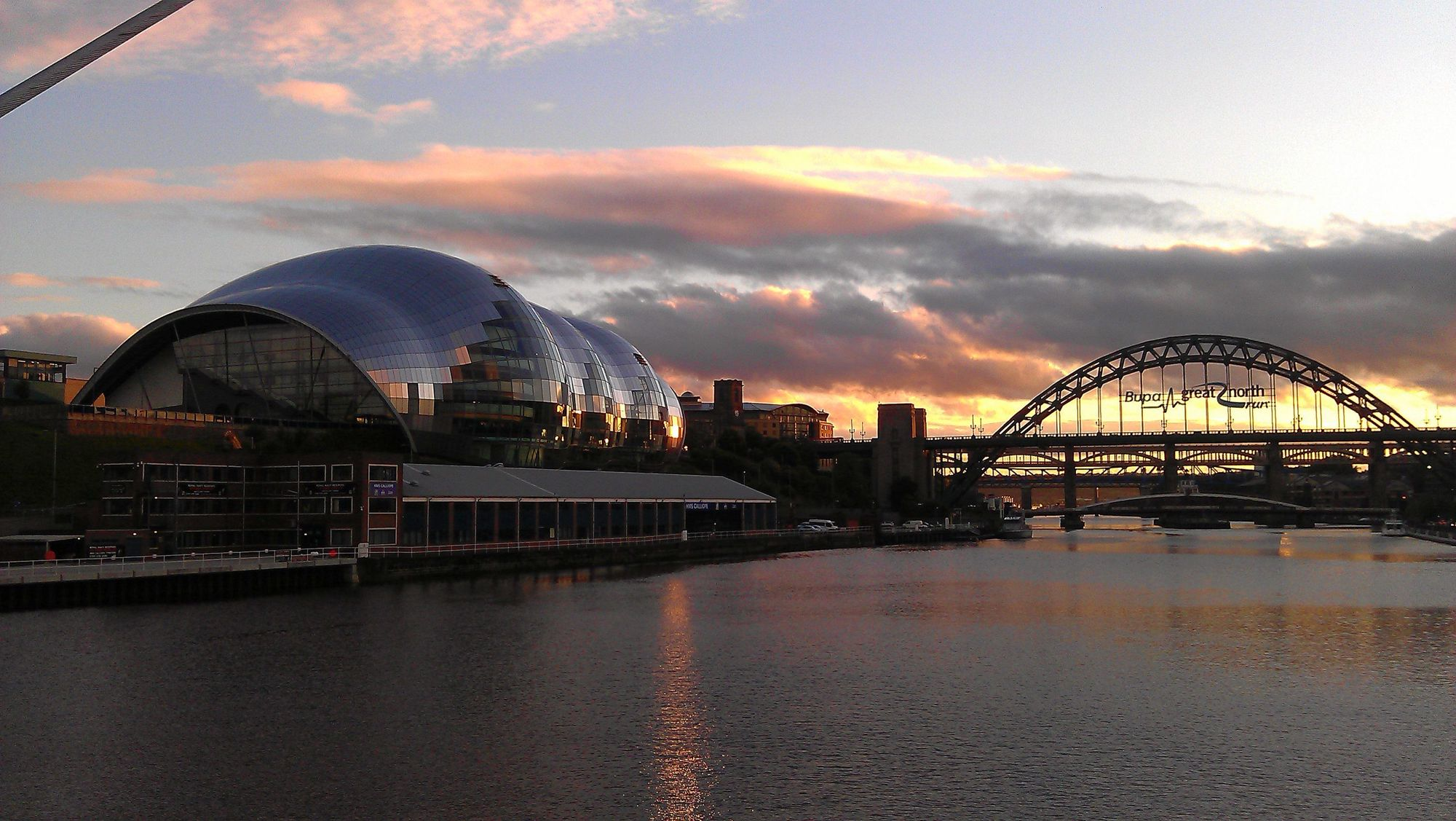 Hotels, B&Bs & Apartments in Newcastle