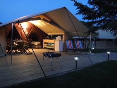 Teversal Camping and Caravanning Club Site Silverhill Lane, Teversal, Nottinghamshire NG17 3JJ