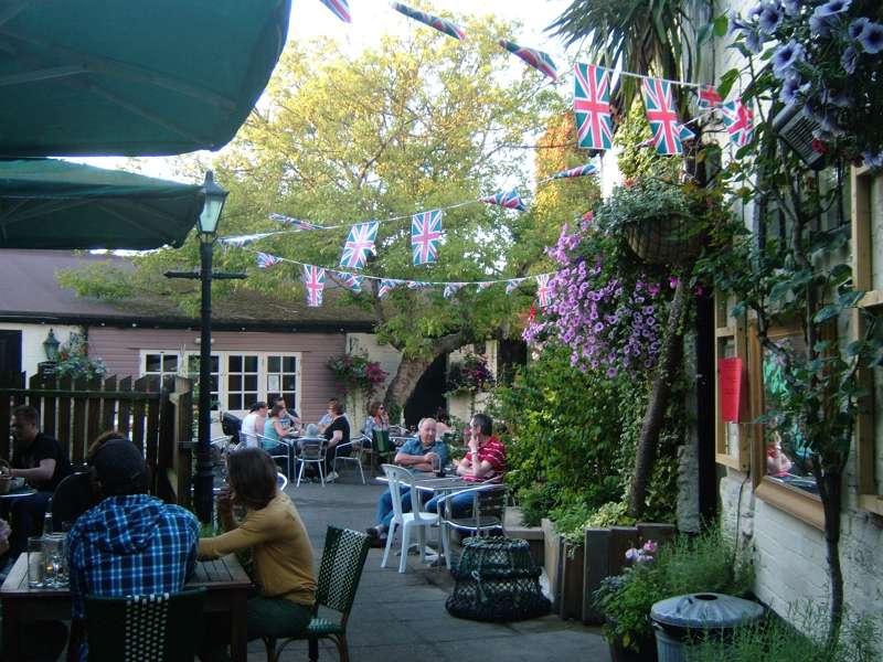 Ye Olde George Inn