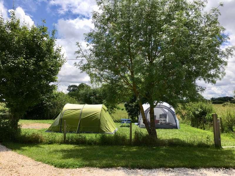 Camping Lune Sur Le Lac Camping Lune Sur Le Lac, Le Conte, 24540 Capdrot, Dordogne, France