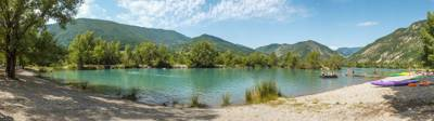 A family-camping paradise in the Maritime Alps... with its own private lakeside beach!