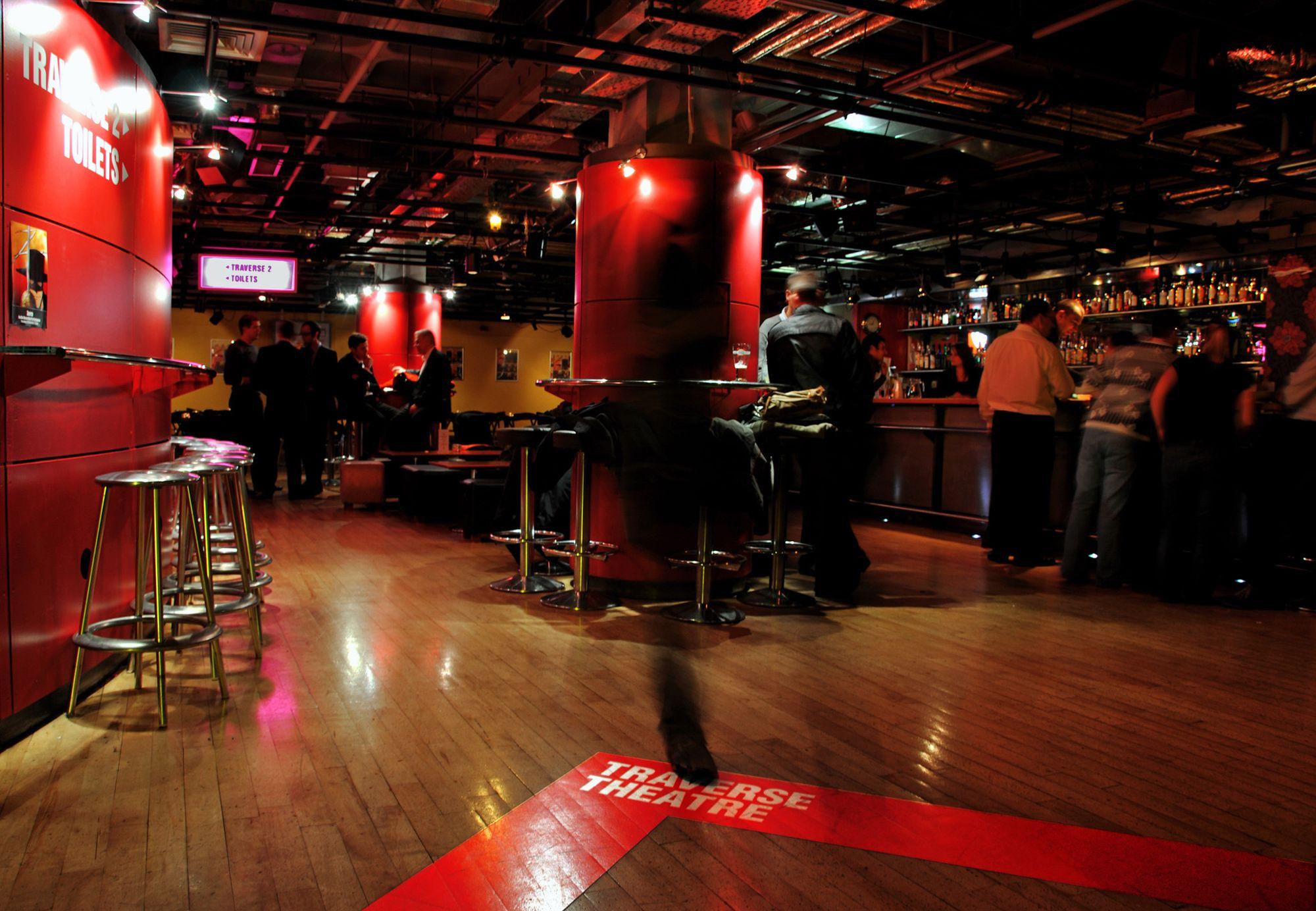Traverse Bar Café