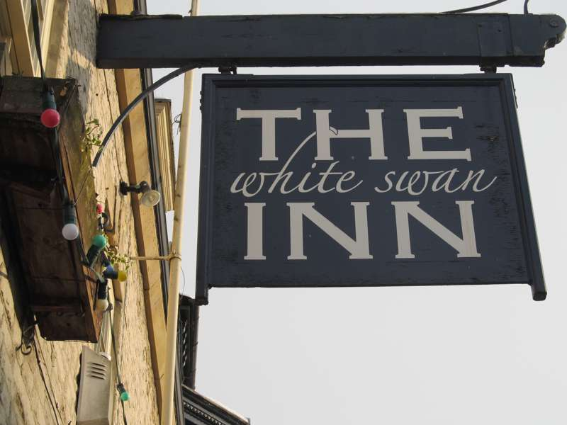 White Swan Inn Market Place Pickering YO18 7AA