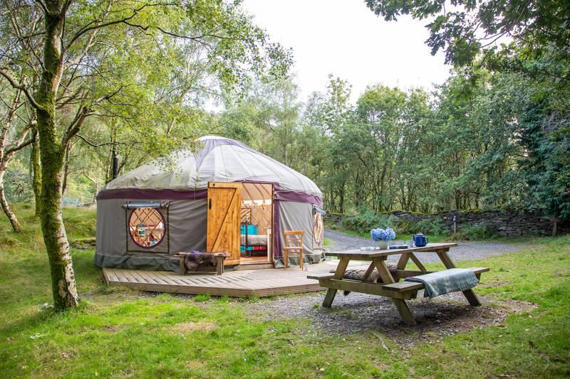 Large yurt