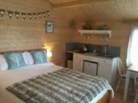 Willow Lodge Log Cabin