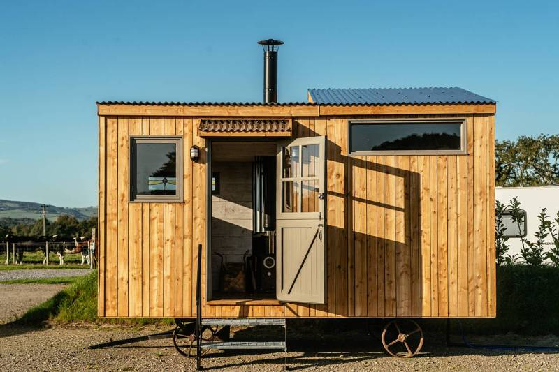 The Tiny House Glantowy Farm, Llanarthney, Carmarthenshire SA32 8JU