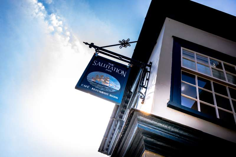 The Salutation Inn 68 Fore Street Topsham Exeter Devon EX3 0HL