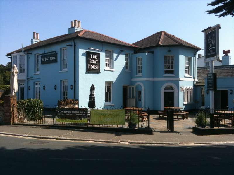 The Boat House Isle of Wight Springvale Road Seaview PO34 5AW