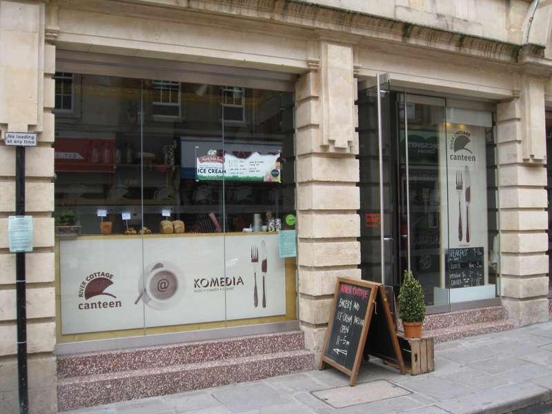 Komedia Arts Café