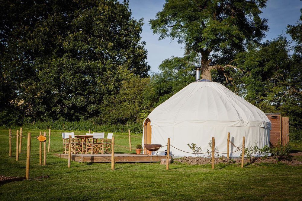 Glamping sites in Warwickshire
