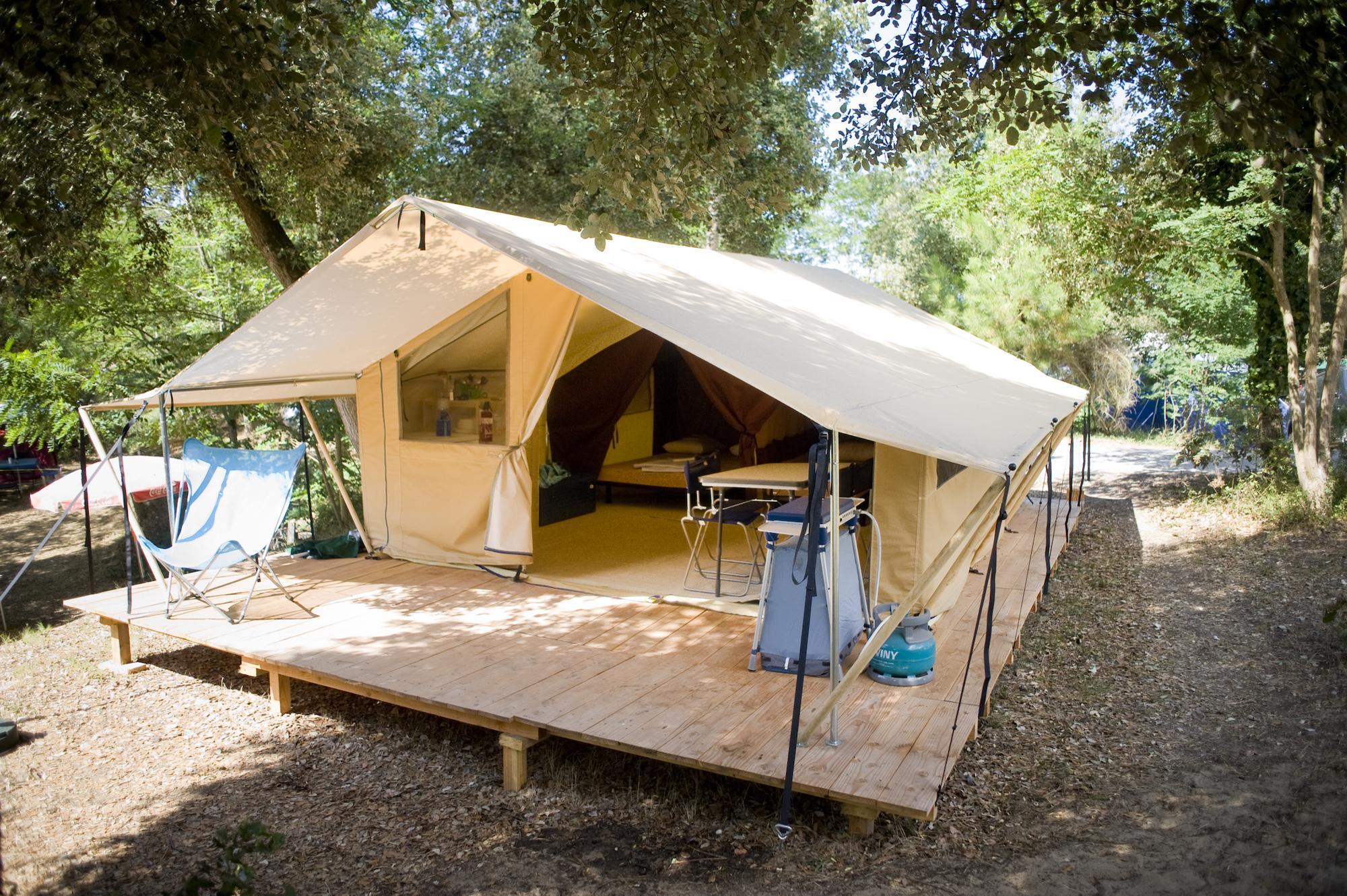 Classic Iv Wood Amp Canvas Tent At Huttopia Oleron Les Pins