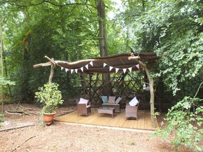 Pod glamping in Berkshire on the edge of the North Wessex Downs.