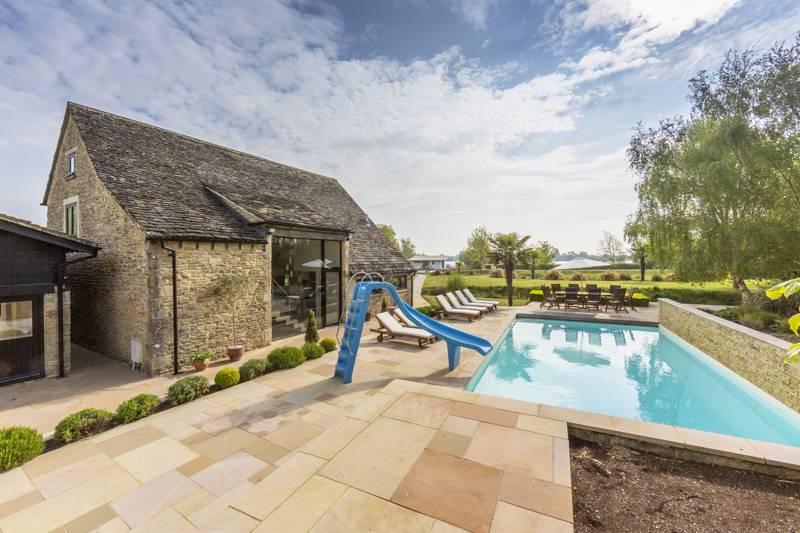 Howells Barn Lower Mill Estate, Mill Lane, Somerford Keynes, Gloucestershire GL7 6BG