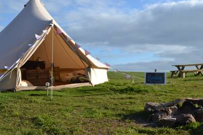 Barafundle 6m Bell Tent semi en suite