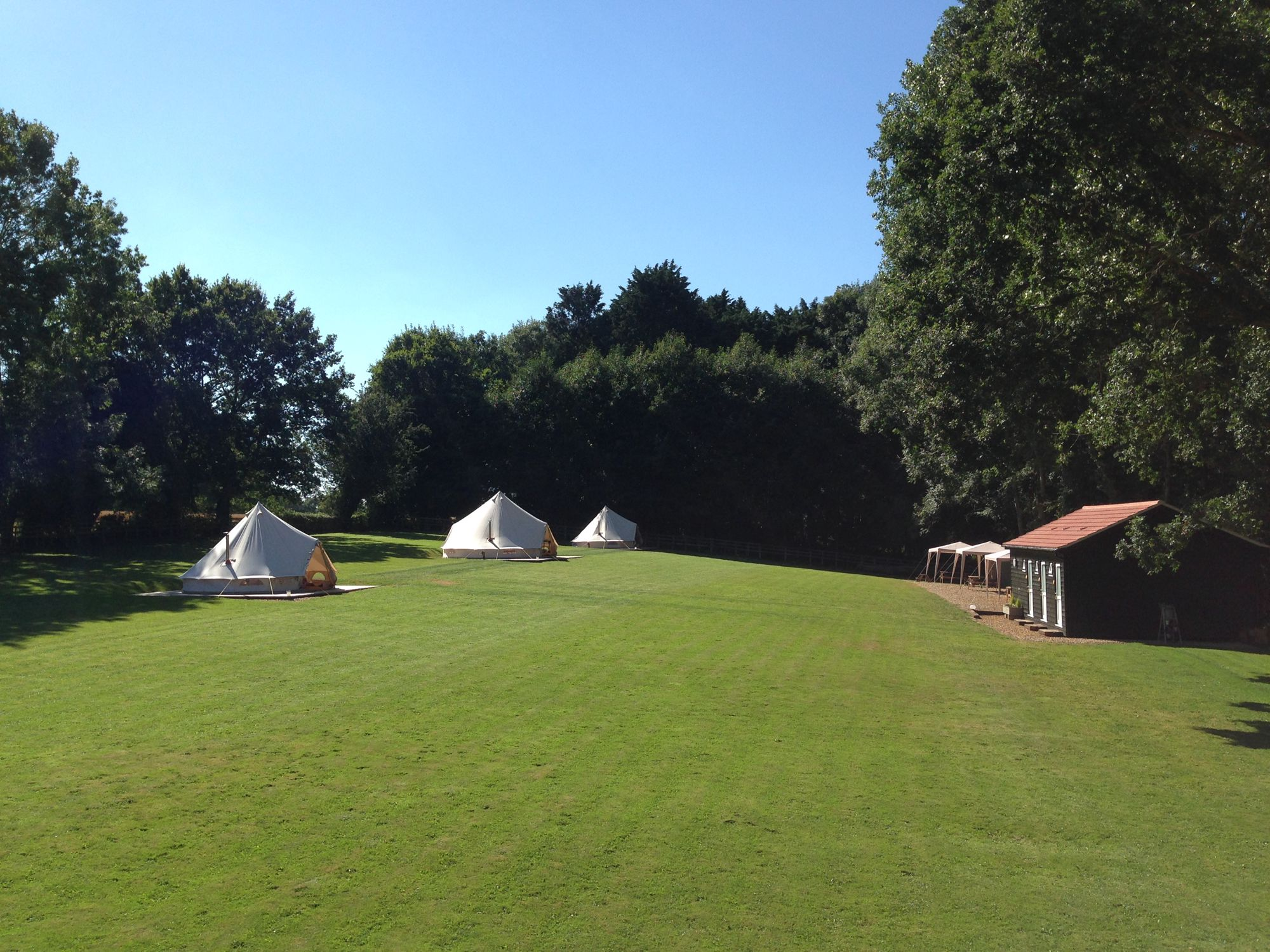 Small-scale luxury bell tent glamping in Oxnead, half way between Norwich and the Norfolk coast.
