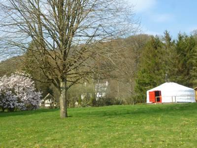 Newmoor Park Yurts Newmoor Park, Polson Bridge, Launceston PL15 9QU