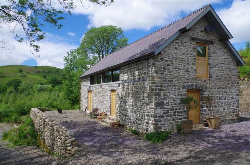 Red Kite Barn Newbridge-on-Wye Powys LD2 3SG