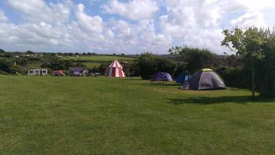 A small, coastal campsite ideally placed between Perranporth and St. Agnes on the South West Coast Path.
