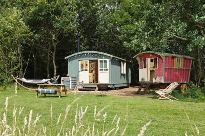 Secret Meadows Glamping White House Farm Wildlife Site, Hasketon, Nr. Woodbridge, Suffolk IP13 6JP