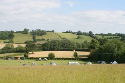 A friendly Shropshire campsite in an area of outstanding natural beauty on the beautiful Wenlock Edge.