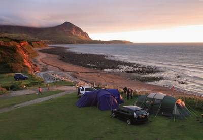 Let us not beat about the bush here – this campsite scores on the old 'location, location, location' chestnut.