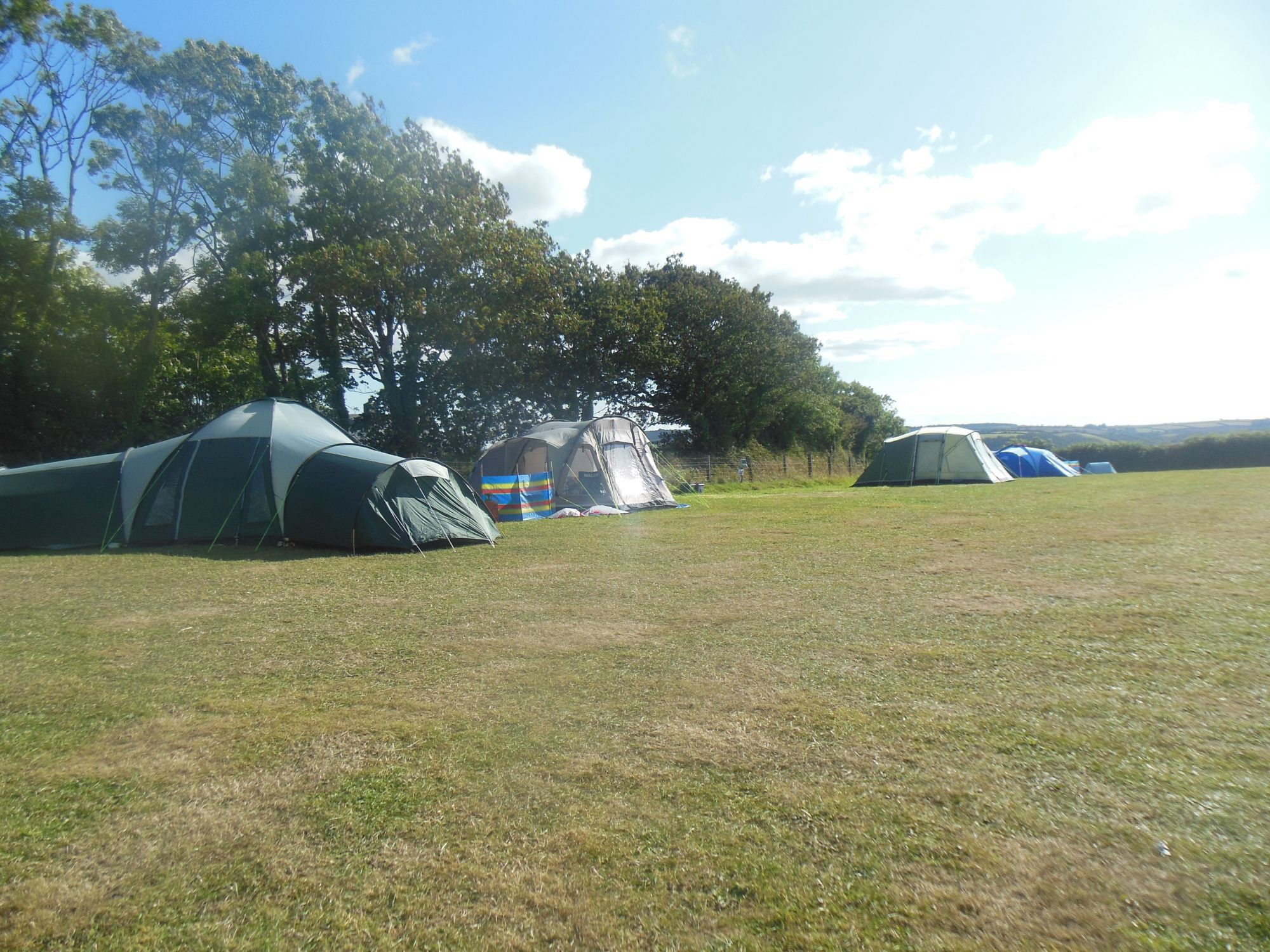 A quiet and friendly pop-up site in the heart of the Devon countryside, enjoying panoramic views towards Dartmoor.
