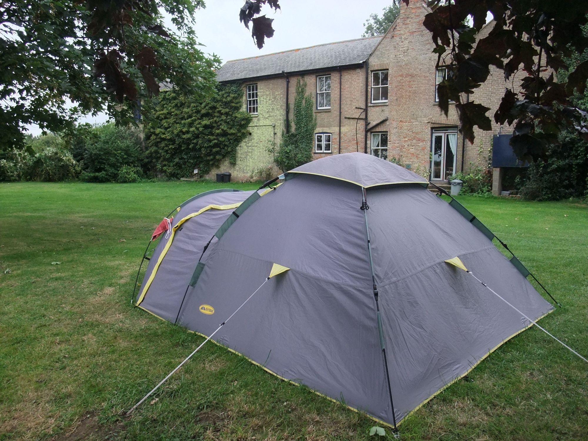 Camping In Your Back Garden 5 Reasons To Get The Tent Out