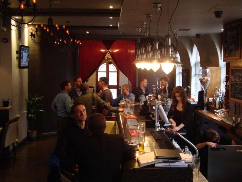 Stirlings Bar & Eatery
