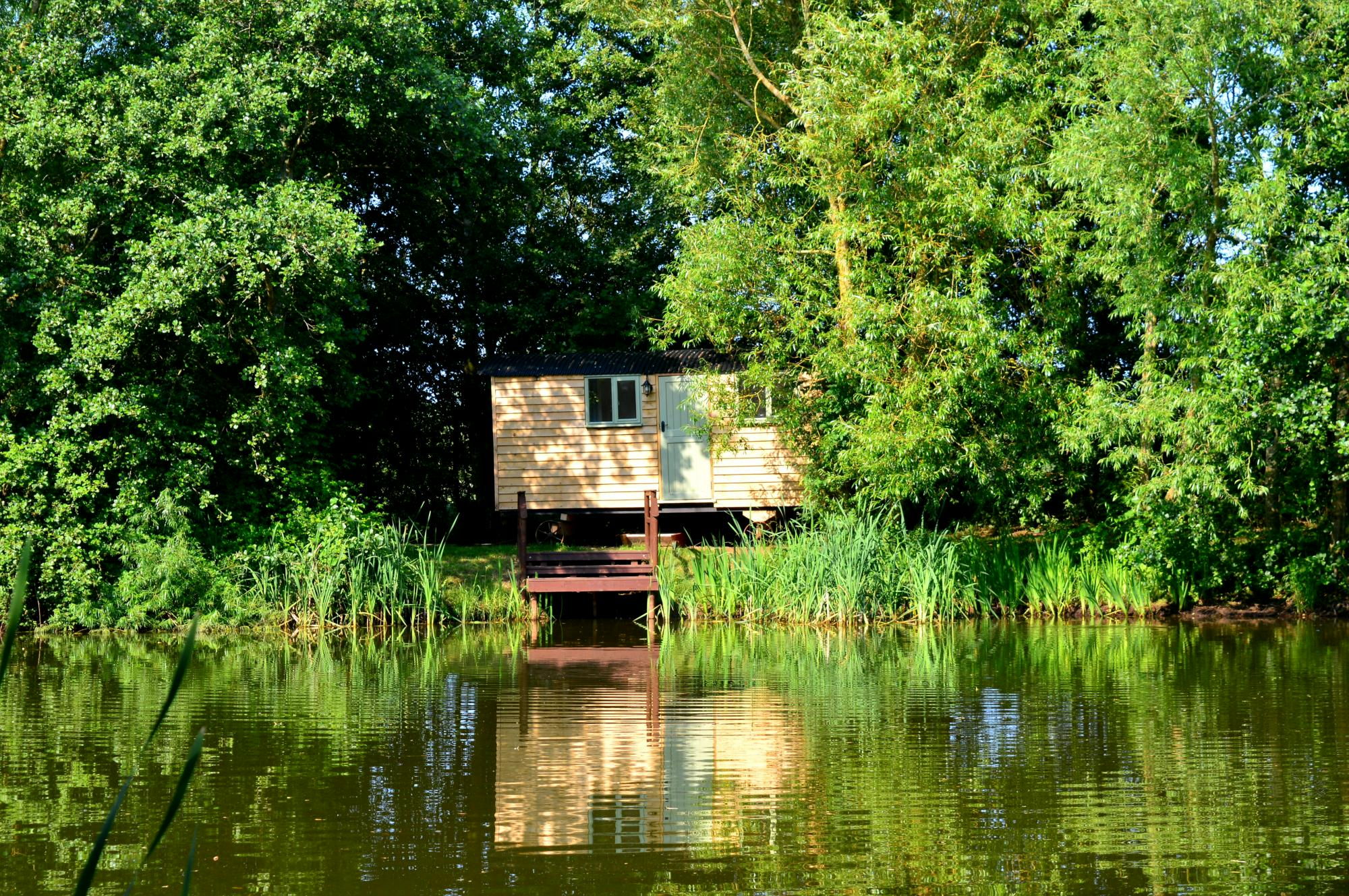 Campsites in Leicestershire – Glampingly