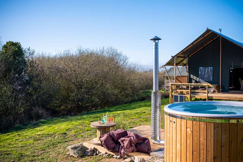 Owl Lodge with wood fired hot tub