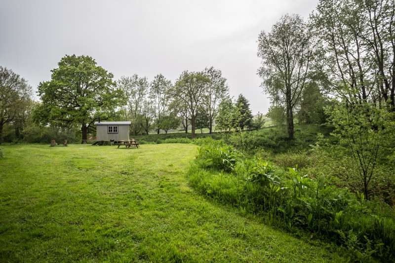 Laverstock Farm Glamping Laverstock Farm, Laverstock, Bridport, Dorset DT6 5PE