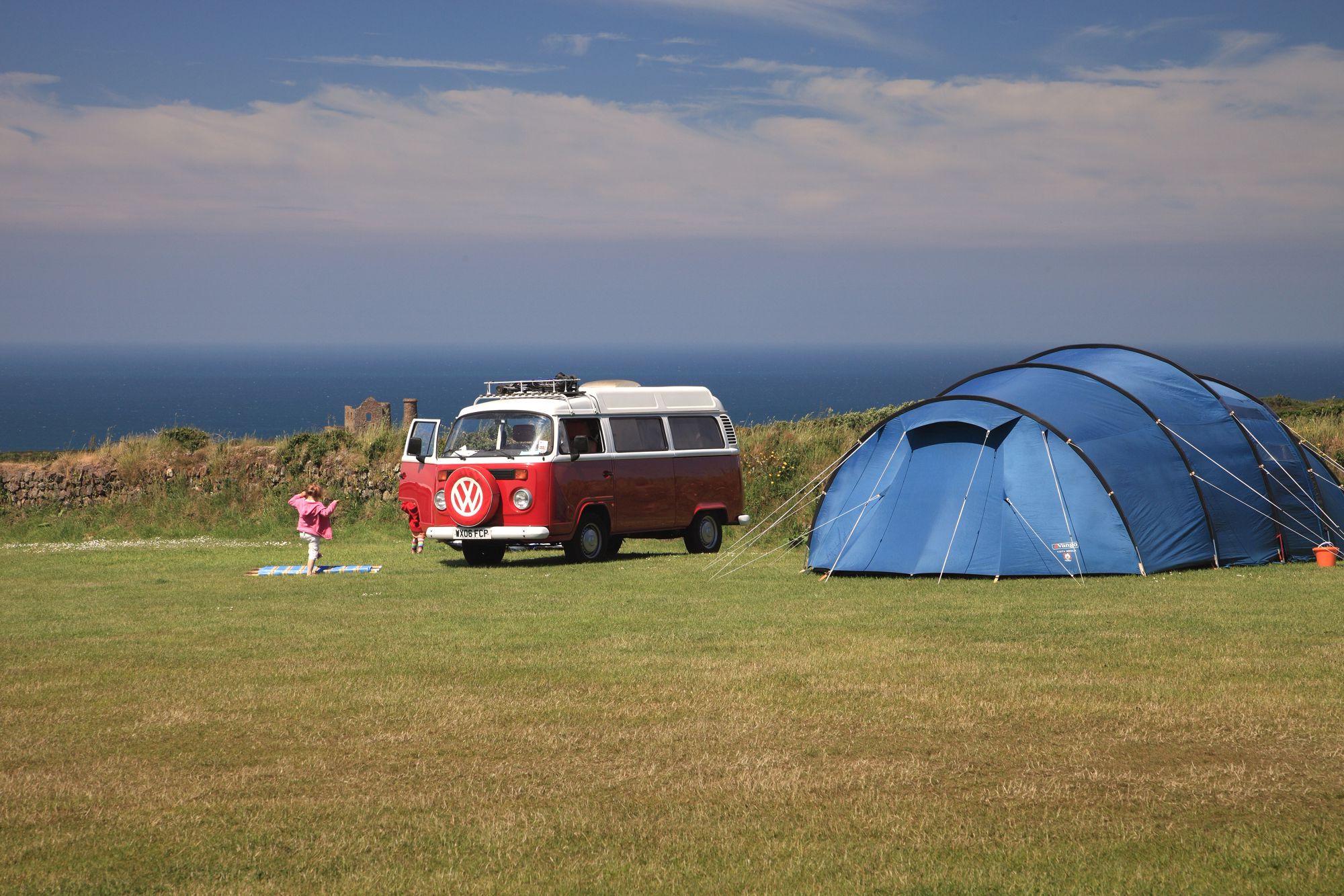 Best Campervan Campsites in Cornwall - Independent ...