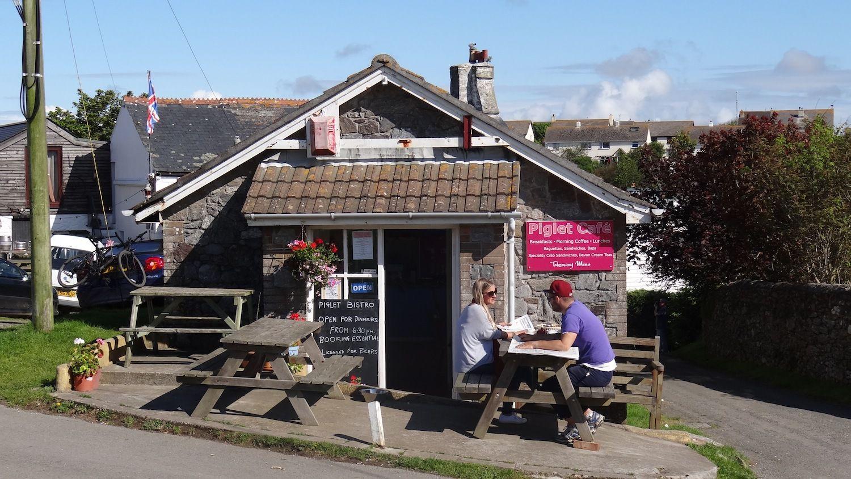 Piglet Cafe