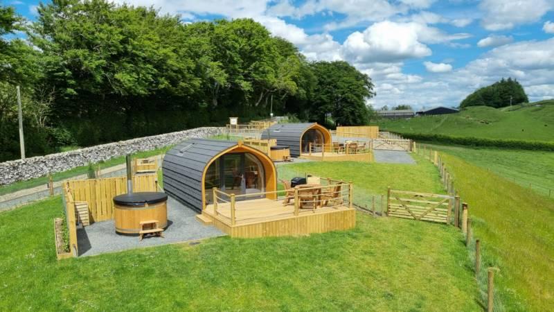 Stouslie Snugs Luxury Farm Glamping Stouslie Farm, Hawick, Roxburghshire TD9 7NX