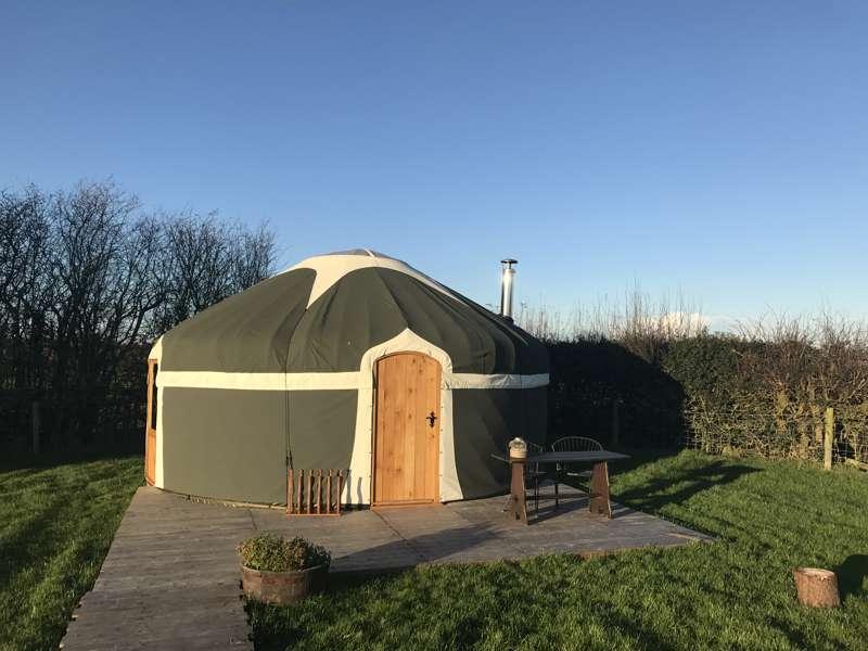 Potters Lodge At Peakes Retreats Cool Camping