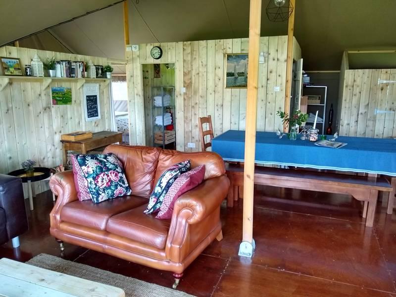 Stag Safari Lodge