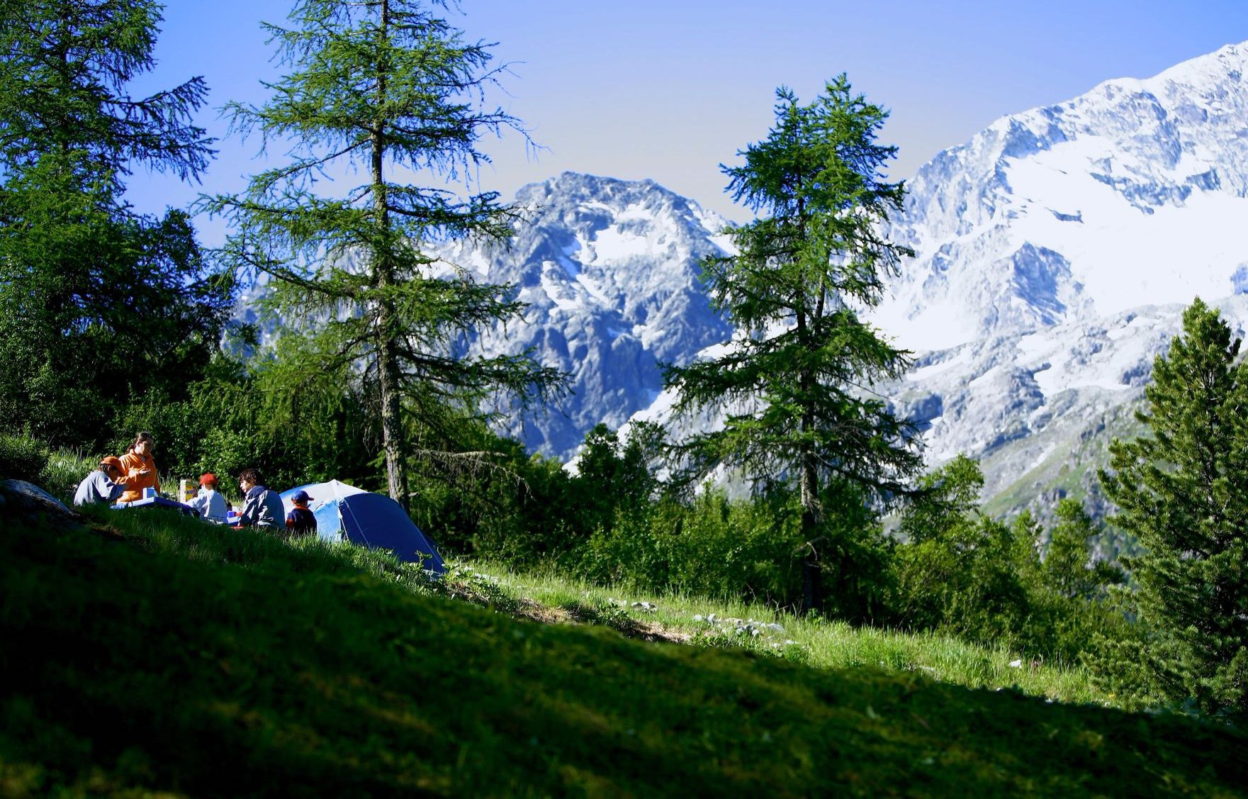Campsites in the Alps – Mountain Campsites in the Alps