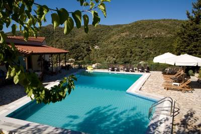 This hidden-away Greek gem has a perfect beach, great restaurant and lovely pool.