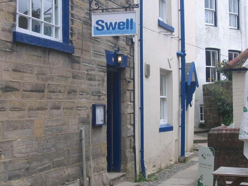 Swell Café