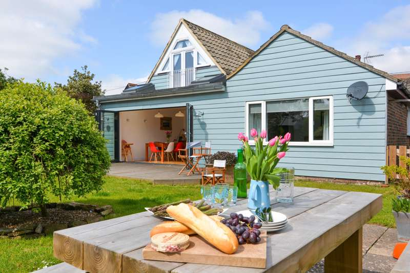 Best UK cottage rental agencies - holiday cottages - Cool Places to Stay in the UK