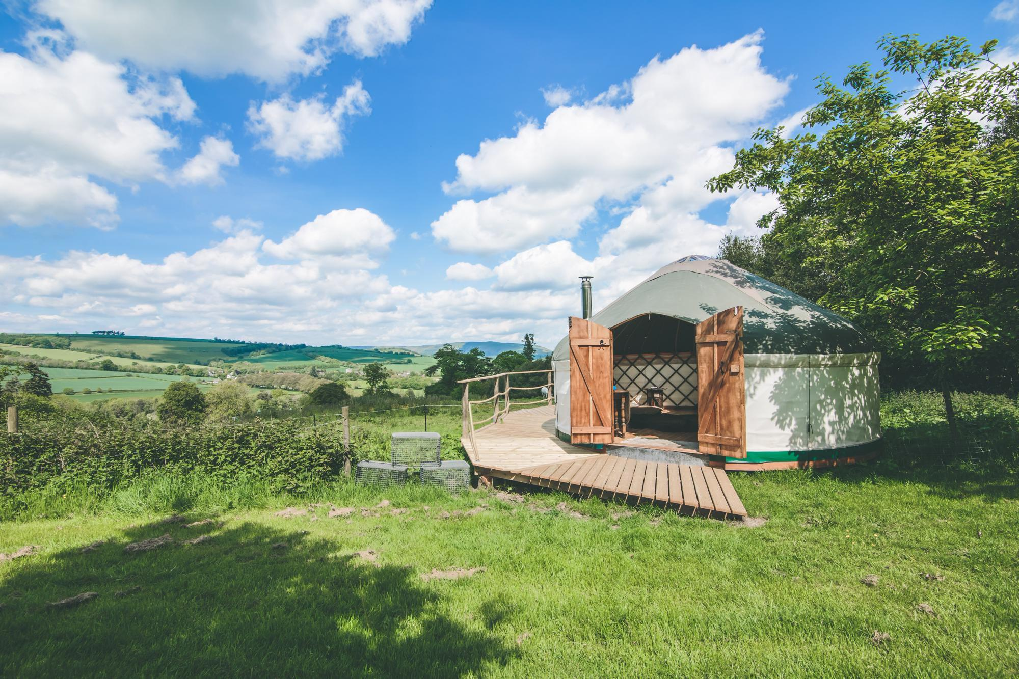 Hotels, Cottages, B&Bs & Glamping in Shropshire