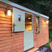 Well-equipped shepherd's hut on a Yorkshire farm with its own brewery