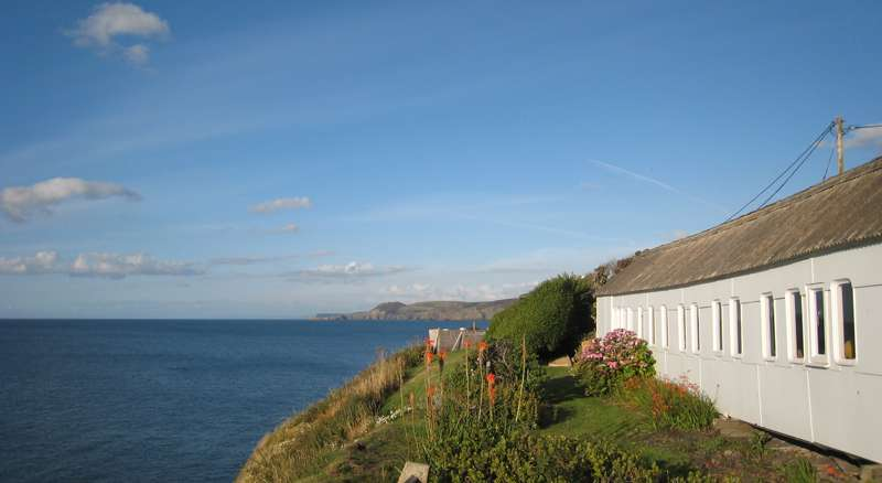 Clifftop Railway Carriage Aberporth Ceredigion